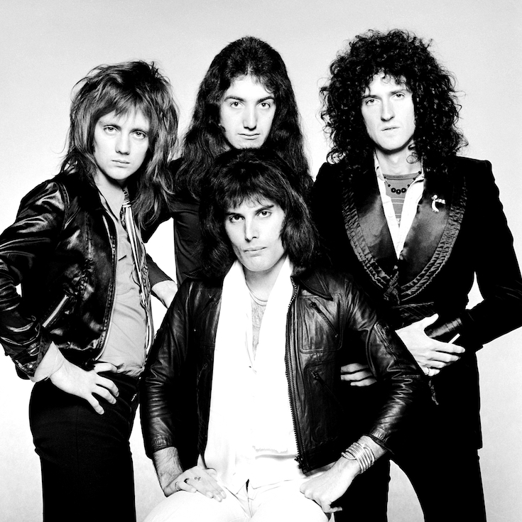 British rock band Queen, circa 1975. Clockwise from front, singer Freddie Mercury (1946 - 1991), drummer Roger Taylor, bassist John Deacon and guitarist Brian May. (Photo by Terry O'Neill/Hulton Archive/Getty Images)