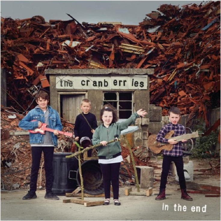 Cranberries-In-The-End-1547562016-640x640